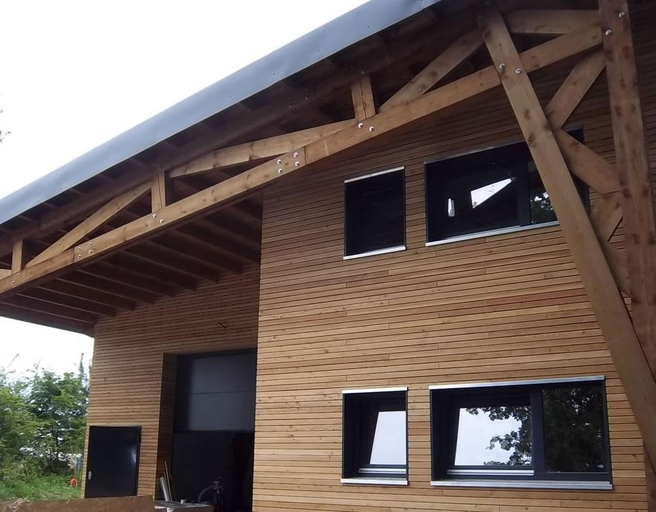 Дървена_къща_Tanatone