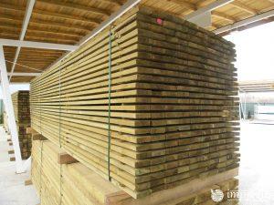 Импрегнирани дъски 10 на 2,5 на 400 см.