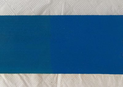 Тъмно синя вакса