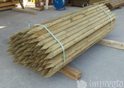 Импрегнирани дървени колове-1