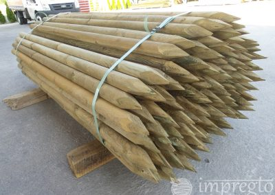 Импрегнирани дървени колове-7